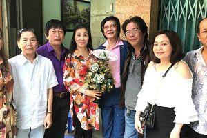 Danh ca Minh Cảnh: 'Không niềm vui nào bằng về lại quê hương'