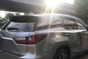 Lexus RX350 2018 bản 7 chỗ giá sốc 5 tỷ đầu tiên tại Việt Nam