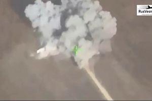 Quân đội Syria tập kích hủy diệt kho vũ khí thánh chiến tại Hama