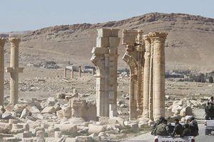 Syria: IS hồi sinh, đột kích mỏ dầu gần Palmyra