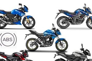 5 chiếc xe máy côn tay phanh ABS 'đẹp long lanh' giá chỉ trên dưới 30 triệu đồng