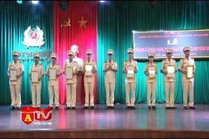 Cảnh sát PCCC Hà Nội thăng cấp bậc hàm, nâng lương năm 2018