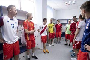 Thủ môn Igor Akinfeev Nga chào đón các đội tuyển tới World Cup 2018