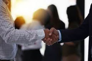 Học cách quản trị từ những bạn bè quốc tế