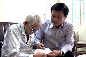 Trao hỗ trợ của UBTƯ MTTQ Việt Nam cho nhân sĩ, trí thức Đà Nẵng