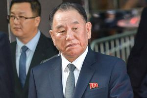 Phó Chủ tịch Đảng Lao động Triều Tiên trao 'thư hồi âm' của ông Kim Jong-un cho Tổng thống Trump