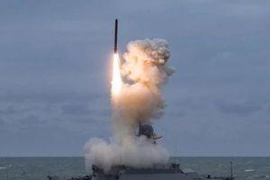 Phía sau hành động bất ngờ của Nga khi điều tàu chiến tối tân tới cửa ngõ Syria