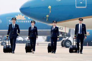 Bộ GTVT nói về vụ hàng loạt phi công Vietnam Airlines xin nghỉ việc