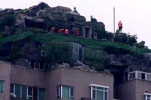 Ý tưởng điên rồ: Xây núi khổng lồ trên sân thượng chung cư