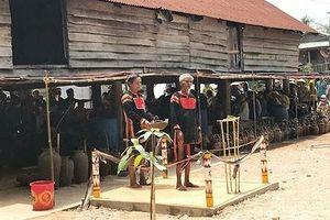 Độc đáo lễ cầu mưa của dân làng Rbai