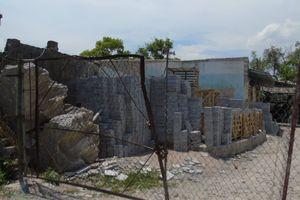 Ai cho xưởng sản xuất đá Hùng Nhung hoạt động trong khu dân cư?