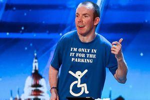 Chân dung nghệ sĩ hài đoạt ngôi quán quân Britain's Got Talent