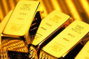 Giá vàng thế giới tăng nhẹ, vàng trong nước tiếp tục ngược chiều