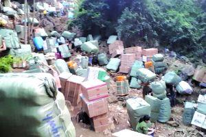 Vạch trần đường tuồn rác thuốc từ Trung Quốc vào Việt Nam