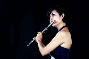 Đêm nhạc Pháp 'Hương Paris' tại Hà Nội