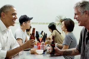 Đầu bếp Mỹ ăn bún chả cùng ông Barack Obama tại Hà Nội tự sát ở tuổi 61