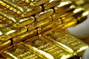 Giá vàng hôm nay 8/6: USD suy yếu khi chứng khoán cản đà tăng