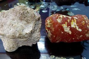 Lạ kỳ 2 viên đá tỏa ra mùi thơm như nước hoa