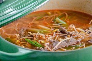 Món canh người Hàn ăn quanh năm để phòng ngừa ung thư