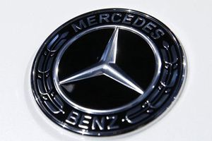 Đức yêu cầu triệu hồi 774.000 xe Mercedes