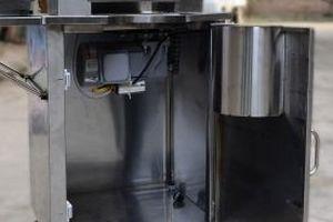 Hải Dương: Sửa máy ép nước mía giúp mẹ, nam sinh lớp 8 bị điện giật tử vong