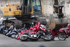 Philippines phá hủy hàng trăm ôtô, xe máy nhập lậu