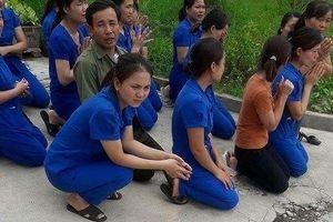 Vụ cô giáo quỳ gối: Chủ đầu tư 'bỏ ngoài tai' lệnh của chính quyền?
