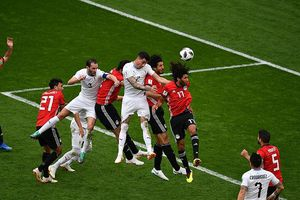 Uruguay hạ Ai Cập bằng bàn thắng ở phút 89
