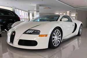 Siêu xe Bugatti Veyron độc nhất Việt Nam khoác áo mới