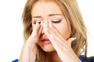 Cách đơn giản thải trừ chất độc nhờn và mủ ở mũi cho người viêm xoang