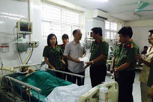 Lào Cai: Một cán bộ Công an bị đâm trọng thương