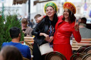 Phụ nữ Nga và chuyện quan hệ với người nước ngoài dịp World Cup