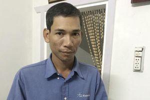 Bán vé số dạo nhiều năm trời, người đàn ông Khmer vẫn thi đậu công chức