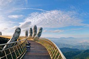 Thót tim với sàn catwalk lơ lửng trên mây ở Việt Nam