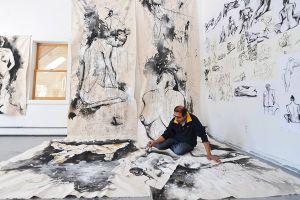 2 tháng và 500 bức khỏa thân nghệ thuật