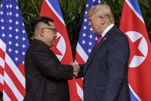 Tổng thống Trump cho ông Kim Jong-un số điện thoại riêng