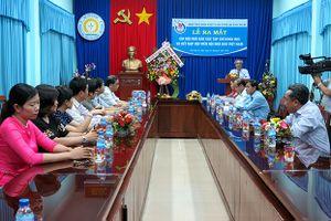 Quảng Ngãi: Ra mắt Chi hội Nhà báo các Tạp chí khoa học và kết nạp hội viên mới