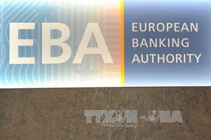 Sự lựa chọn khó khăn của các ngân hàng châu Âu tại Anh
