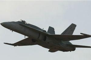 Canada muốn mua thêm máy bay F-18 của Australia nhưng chờ Mỹ đồng ý