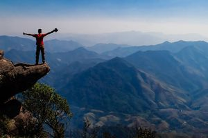 Chỉ cần đi về trong ngày bạn cũng chinh phục được 3 cung đường trekking thú vị này ở miền Bắc