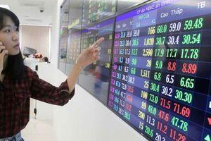 Sau 'bão' điều chỉnh, nhiều lãnh đạo ồ ạt gom cổ phiếu giá hời