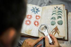 Sách Voynich và hành trình giải mã tuyệt vọng của nhân loại