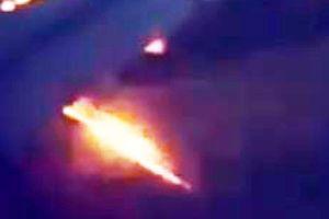 Máy bay chở đội bóng World Cup của Ả-rập Xê-út 'bị cháy động cơ'