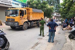 Nam thanh niên bị xe tải kéo lê gần 20m cuốn vào gầm tử vong thương tâm