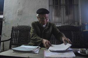 Tia hy vọng giúp cụ ông 80 tuổi đòi lại công bằng