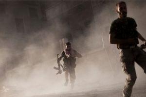 IS hoảng loạn tháo chạy khỏi Nam Syria vì bị đánh dập đầu