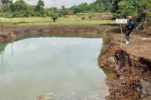 Bàng hoàng phát hiện thi thể 2 học sinh nổi trên mặt hồ