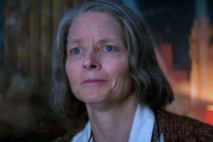'Khách sạn tội phạm': Cứu vãn đến từ sự xuất sắc của Jodie Foster