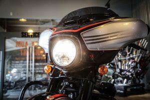 Chi tiết Harley-Davidson Street Glide Special 2018 độc nhất tại VN