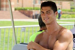 Cristiano Ronaldo có tất cả nhưng lại thiếu thứ này trên cơ thể, biết được ai cũng choáng